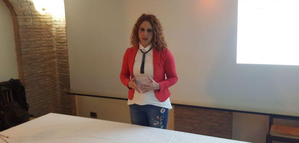 """Aprilia / Carmen Porcelli ufficializza la candidatura a sindaco: """"Siamo la speranza di cambiamento"""""""