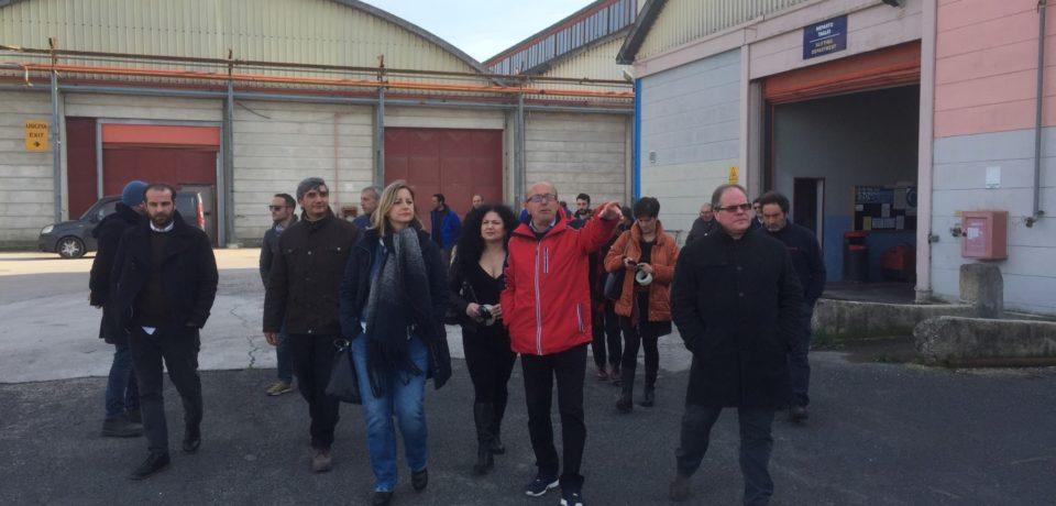 Elezioni Lazio: Roberta Lombardi in visita al Mof e alla Mancoop (video)