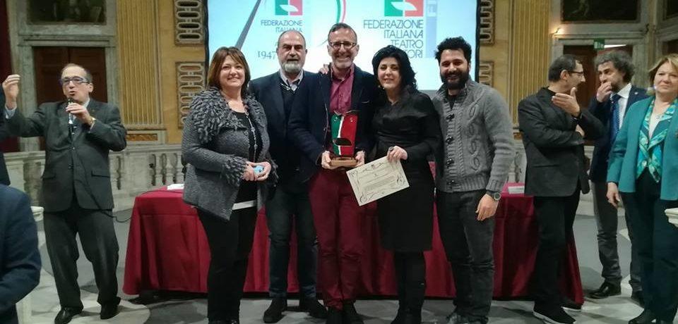 """Formia / La Compagnia """"Imprevisti e Probabilità"""" vince il Gran Premio del Teatro Amatoriale"""