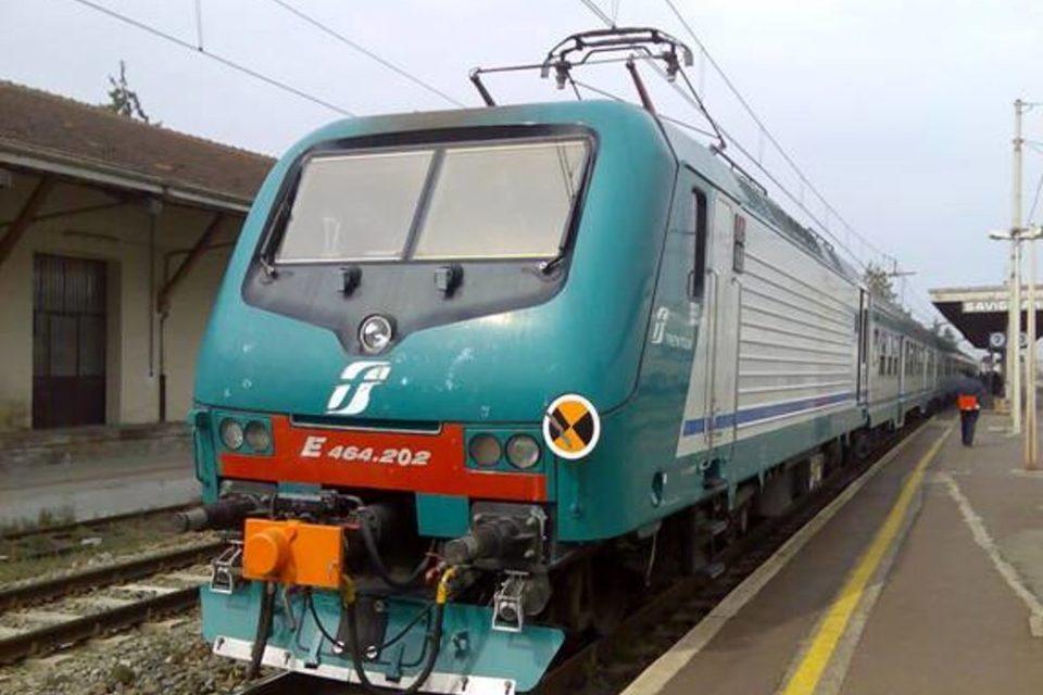 Treni, martedì nero sulla linea Napoli – Roma via Formia, enormi ritardi e corse soppresse