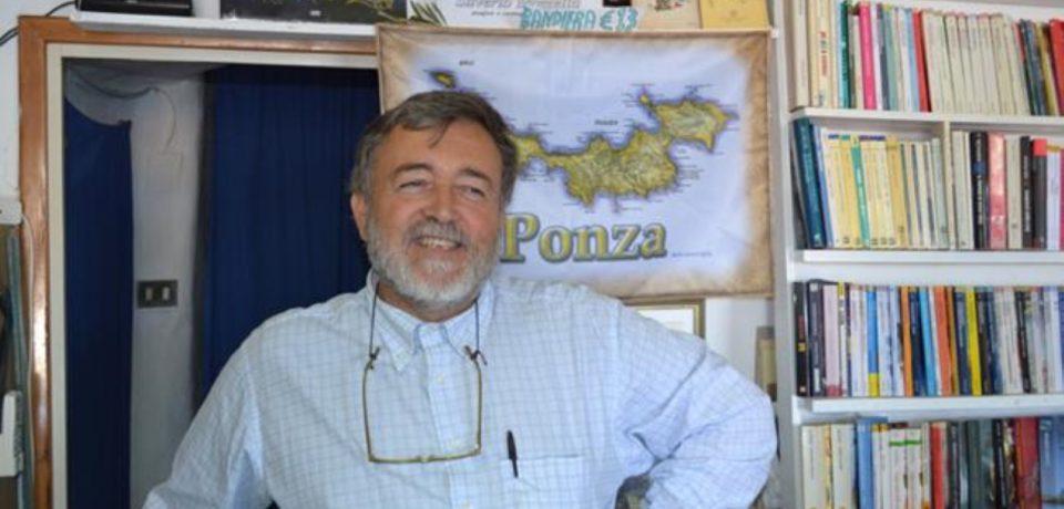 """Ponza / Pubblicato il libro """"Ponzesi gente di mare"""" di Silverio Mazzella"""