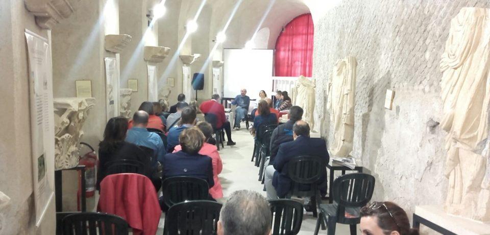 Raccontare la bellezza: giornalisti a convegno nel comprensorio archeologico di Minturnae
