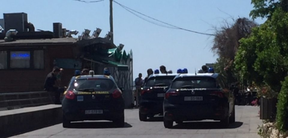 Scauri / Lite tra cane e gatti finisce in rissa: intervengono i carabinieri