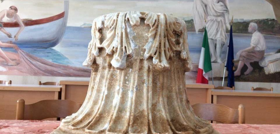 Sperlonga / A luglio restauro ed esposizione del capitello a Torre Truglia