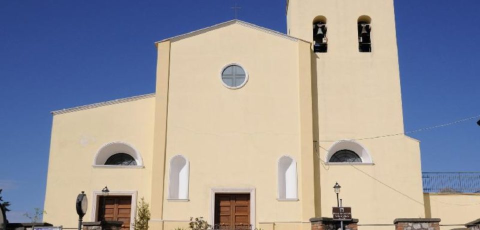 Minturno / Raccolta fondi per il restauro delle campane della Chiesa di Santa Maria Infante