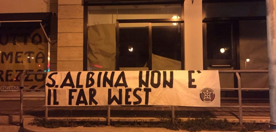 """Scauri / """"Sant'Albina non è il Far West"""": lo striscione di protesta di Casapound"""