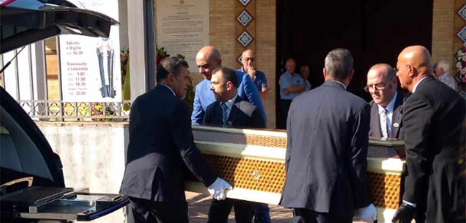 Gaeta / Molto partecipati i funerali di Guido Santullo (video)