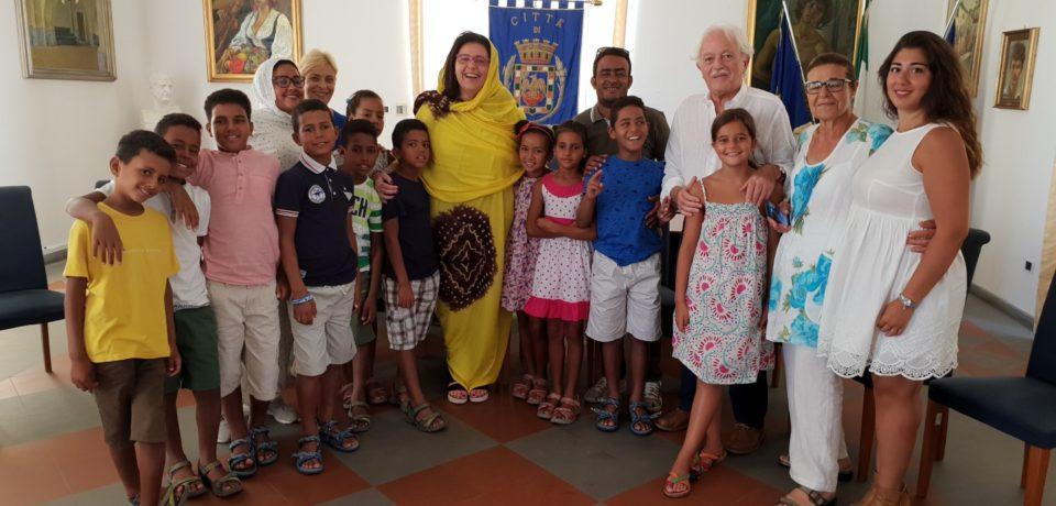 Formia saluta i bambini Saharawi