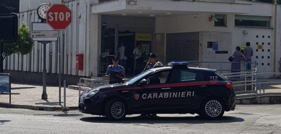 Gaeta / Rapina all'ufficio postale con fuga in ambulanza, arrestato 45enne di Santi Cosma e Damiano