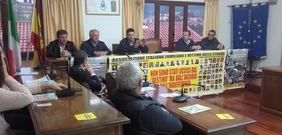 Lenola / Assemblea pubblica sulla strada killer Sr 637 (video)