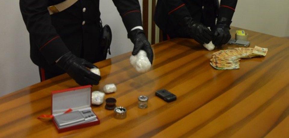 Formia / Presi con la cocaina in casa: due arresti