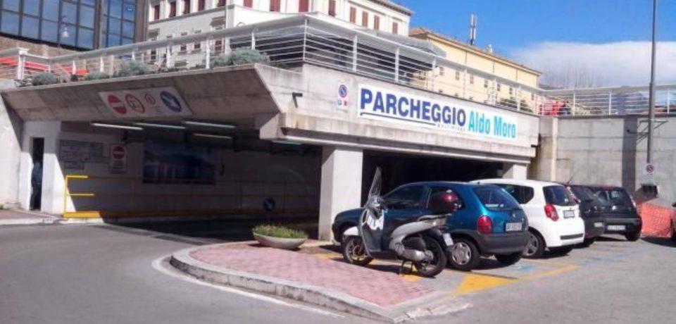 Formia / Il Tribunale di Latina nega i due piani interrati del parcheggio multipiano ai commercianti [VIDEO]