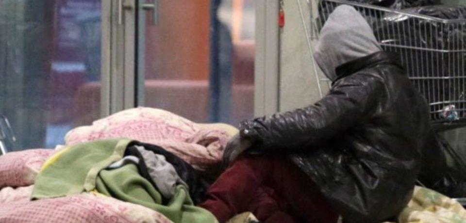 Formia / Emergenza freddo per i senzatetto, continua la polemica