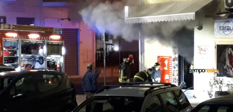 Paura nel centro di Formia: incendio in un bar di Piazza Risorgimento (video)