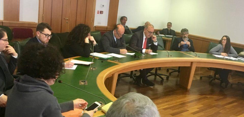 Formia / Antimafia, i 5 Stelle chiedono al sindaco Villa un consiglio comunale straordinario