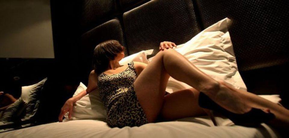 Gaeta / Giro di prostituzione in casa, il finanziere in silenzio davanti al gip