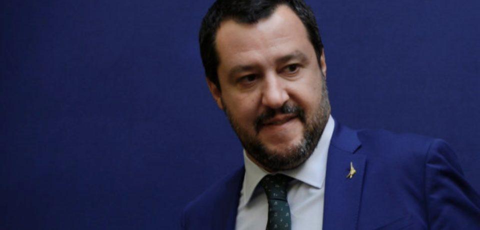 """Ventotene / La minoranza attacca il sindaco Santomauro: """"Consiglio illegittimo, intervenga Salvini"""""""