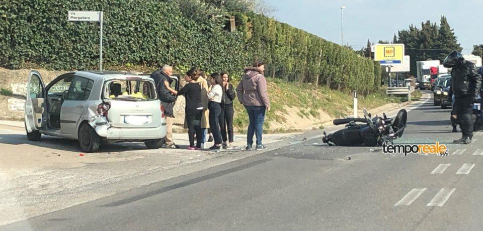 Formia / Scontro tra moto e auto sulla superstrada, grave un centauro