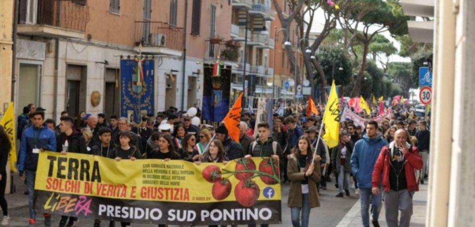 """Formia ricorda le vittime di mafia: corteo di """"Libera"""" per la Giornata della Memoria"""