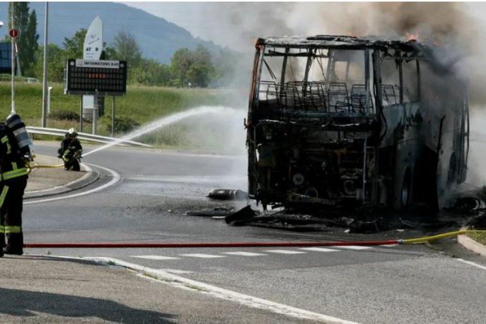 Bus in fiamme in Francia, autista eroe di Lenola salva tutti: l'elogio del sindaco Magnafico