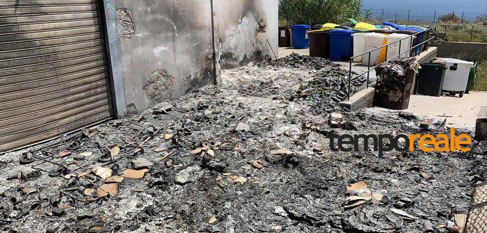 Ventotene / Incendio doloso al deposito della Formia Rifiuti Zero