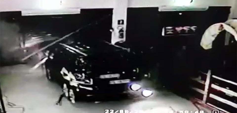 Formia / Sfondano la saracinesca con un Suv e sradicano il bancomat al centro commerciale Itaca [VIDEO]
