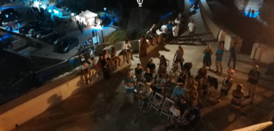 Boom di visitatori nel Parco Riviera di Ulisse per ammirare le stelle cadenti