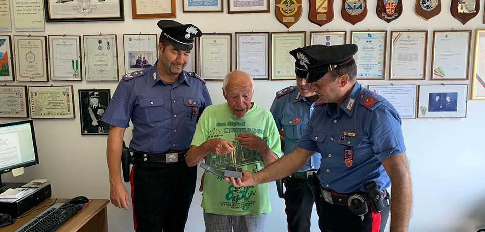 Gaeta / Rapina un anziano, arrestato 40enne