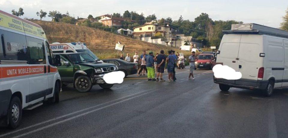 Spigno Saturnia / Tamponamento sulla superstrada, 4 mezzi coinvolti e feriti