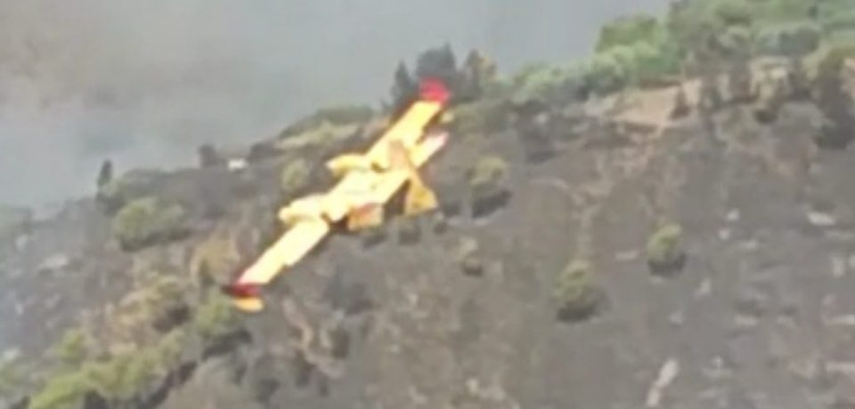 Gaeta / Vasto incendio sulle colline, a fuoco 35 ettari di vegetazione