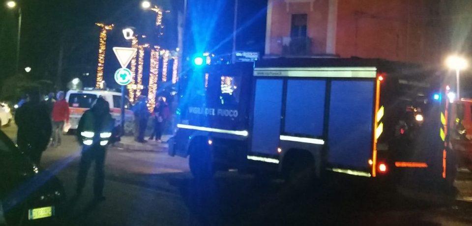 Gaeta / Appicca il fuoco all'appartamento, arrestato 54enne