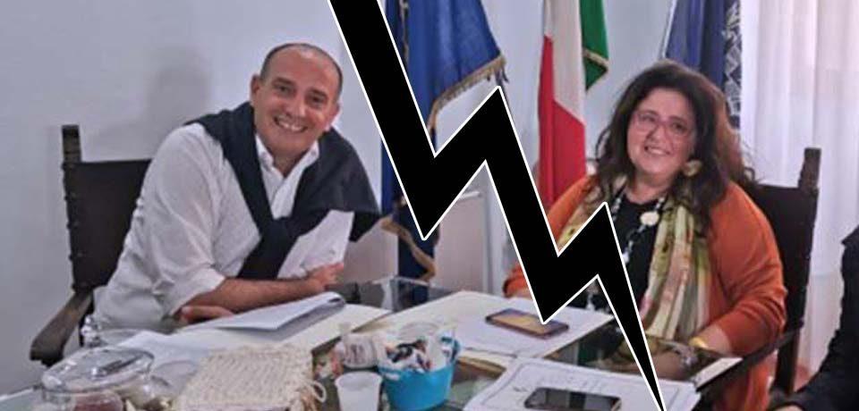 Acqua torbida, il sindaco Gerardo Stefanelli attacca la collega Paola Villa