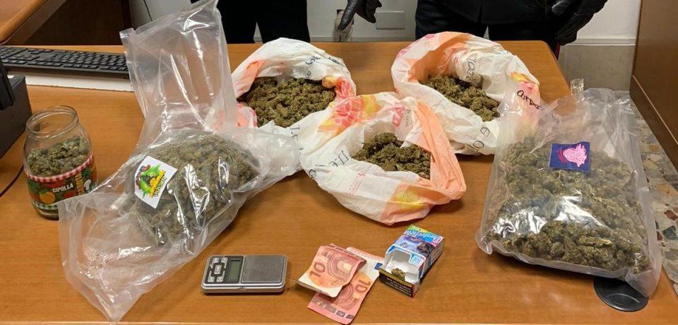 Sabaudia / Beccato con la marijuana, arrestato 22enne