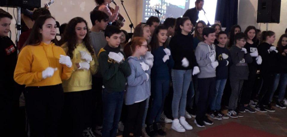 """Minturno / Gli studenti protagonisti dell'evento """"Un incontro per la pace"""""""