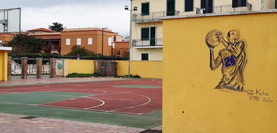 Scauri / All'Arena Mallozzi un murale in ricordo del cestista Kobe Bryant
