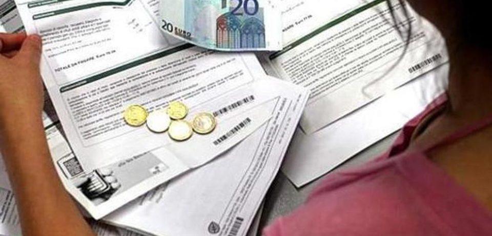 """Coronavirus, Confconsumatori: """"Misure economiche insufficienti per le famiglie"""""""